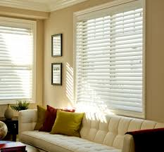 Window Treatment Blinds For Living Room Modern Home Interior Design Window Treatments Blinds Curtains In