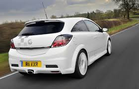 opel omega 2010 vauxhall astra vxr review 2005 2010 parkers