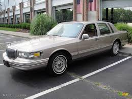 lincoln town car 2017 1995 lincoln town car information and photos zombiedrive