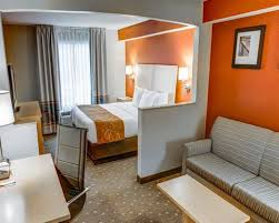 Comfort Inn Monroeville Pa Comfort Suites Hotels In Crafton Pa By Choice Hotels