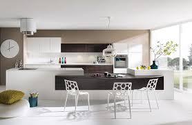 photo de cuisine blanche cuisine blanche ilot de cuisine contemporain meubles rangement