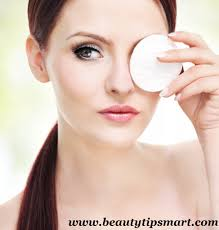 How To Curl Your Eyelashes How To Curl Your Eyelashes Naturally And Correctly At Home