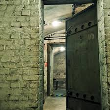 mobile escape room traveling to you for team building events