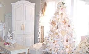fantastic tree decorating ideas flocked treedecorations