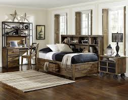 White Or Cream Bedroom Furniture Distressed Cream Bedroom Furniture Uv Furniture