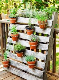 Vegetable Garden Containers by 12 Easy Container Garden Ideas For Every Outdoor Space Pallets