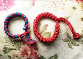 make paracord bracelet with buckle images How to make a paracord bracelet step by step instructions jpg