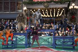 flash cast of nbc s the wiz live performs at macy s thanksgiving