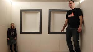 la chambre des ames l incroyable illusion d optique de la chambre d ames