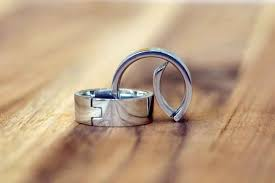 gear wedding ring caraband the wedding ring that s also a biner