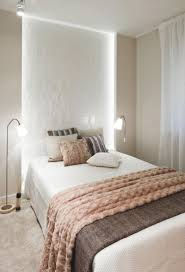Schlafzimmer Gestalten Braun Beige Schlafzimmer Gestaltung Ideen Apricot Beige Braun Indirekte