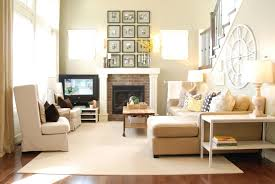 How To Arrange Furniture In A Small Living Room by Furniture Arrangement For Small Living Room Maximize The Space U0027s