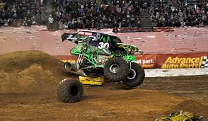monster jam grave digger truck just a car guy grave digger u0027s freestyle at san diego monster jam