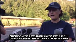 Wild Fire Columbia Gorge by Wildfire Traps 140 Columbia River Gorge Hikers Youtube