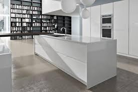 meuble blanc de cuisine meuble cuisine laqué blanc en photo