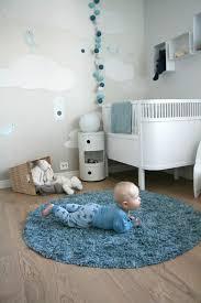 tapis chambre bébé garçon 1001 idées pour une chambre bébé en bleu canard des