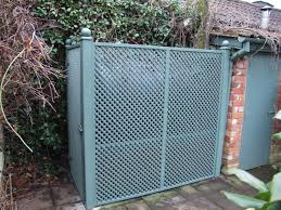 trellis direct square trellis as screening for oil tank this