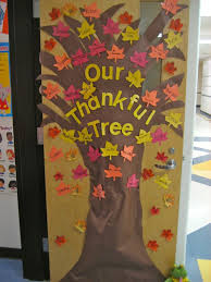 the thankful tree students write something they are