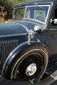 optioned out a well appointed 1932 chrysler eight cars weekly
