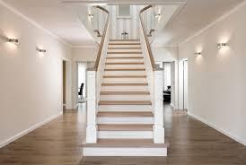 geschlossene treppen treppenbau voß plz 23858 reinfeld geschlossene wangentreppe