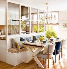 cuisine bois peint verrière intérieur en bois peint blanc entre la cuisine et le coin