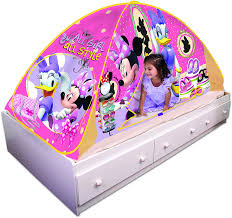 amazon com playhut minnie mouse bed tent playhouse toys u0026 games