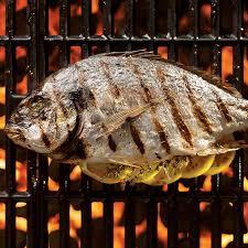 cuisiner le turbot entier grillez vos poissons entiers