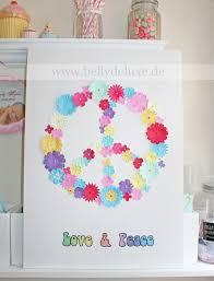 babyzimmer deko basteln babyzimmer dekoration basteln peace symbol aus papierblüten