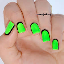 ssunnysideup neon green matte comic nails