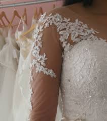 style advice for the bride with a broad shoulder large arms or a