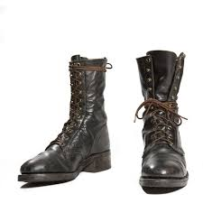 womens size 12 black combat boots best 25 mens boots ideas on big sweaters