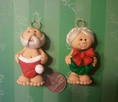 this auction is a set of mr mrs claus ornaments these