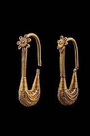 s gold earrings 901 best middle east jewellery earrings images on