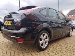 ford focus 1 6 zetec climate hatchback 5 doors petrol manual black