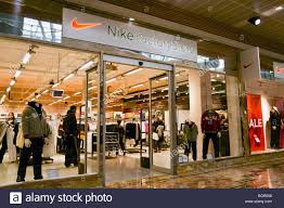 designer outlet store nike factory store shop at gloucester quays designer outlet uk