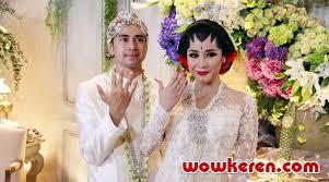 wedding dress nagita slavina pernikahan raffi ahmad nagita slavina diramal temui ujian besar