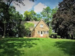 Cottage Inn Fenton Michigan by 10472 Lake Shore Dr Fenton Mi For Sale Mls 5030069643 Movoto