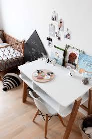 chambre enfant scandinave une déco scandinave noir et blanc pour la chambre d enfant