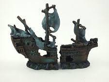 Extra Galleon Shipwreck Aquarium Ornament Fish Tank