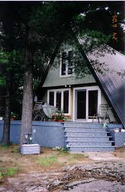 a frame cottage top three reasons to apply cultured stone on muskoka cottages