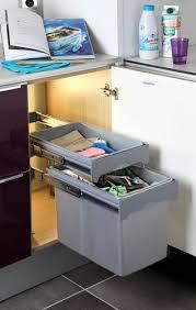 poubelle de cuisine sous evier rangement coulissant sous evier fabulous rangez corbeille