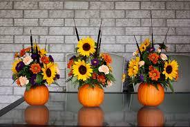 thanksgiving flower arrangement pumpkin flower arrangement thanksgiving centrepiece at