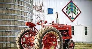 Tractor Barn Deardorff Orchards