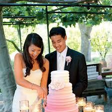wedding cake cutting wedding cake cutting why is it important brides