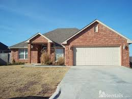 28 house rentals okc house for rent in the crossing at house rentals okc oklahoma city houses for rent apartments in oklahoma city
