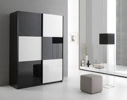 armoire chambre noir laqué chic armoire chambre noir laqué armoire 2 portes en 263 cm laque