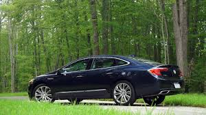 redesigned 2017 buick lacrosse walks a fine line consumer reports