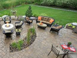 Simple Brick Patio With Circle Paver Kit Patio Designs And Ideas by Best 25 Patio Design Ideas On Pinterest Backyard Patio Designs