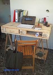 fabriquer un bureau avec des palettes table salle a manger moderne design proche cuisine aménagée