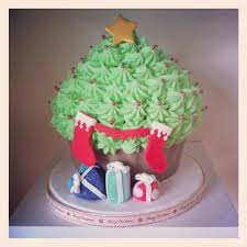 christmas gift ideas kiss me cupcakes